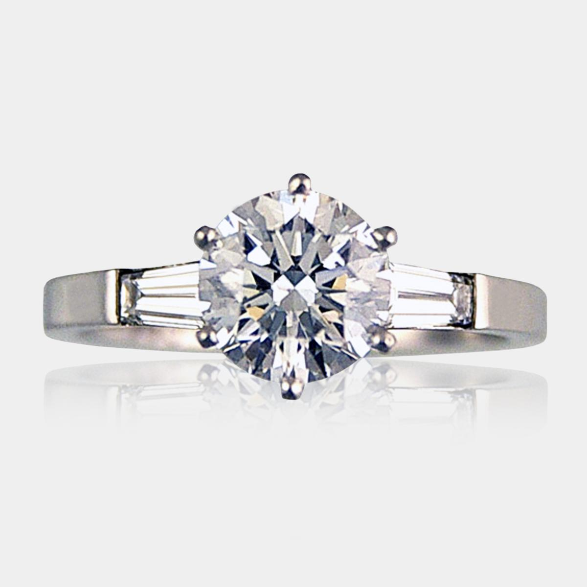 Engagement Rings Diamond Round Brilliant Cut Three Stone Product 100141